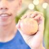 Comment ajouter plus d'aliments crus à votre alimentation