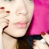 Comment appliquer le maquillage en cinq minutes ou moins