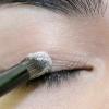 Comment appliquer le maquillage naturel pour l'école