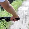 Comment frein dans la saleté et dans des conditions humides lors vtt