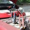 Comment recharger une batterie de voiture morts