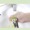 Comment nettoyer les pinceaux de peinture acrylique