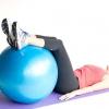 Comment faire un resserrement torsion inverse avec un ballon d'exercice
