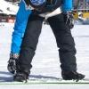 Comment se rendre sur un ascenseur de ski avec un snowboard