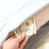 Comment cacher l'argent de vos frères et sœurs et les parents
