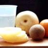 Comment faire de cannelle, de miel et d'ananas parfumé salade de fruits