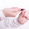 Comment faire un piercing du cartilage faux qui semble réel