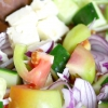 Comment faire une salade grecque traditionnelle