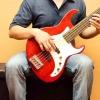 Comment jouer de la basse comme burton falaise
