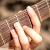 Comment jouer de la guitare rock en 3 étapes simples