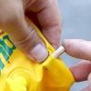 Comment réparer les trous dans les coutures sur les pneumatiques
