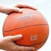 Comment tirer un ballon de basket à partir de la ligne des lancers francs