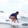Comment surfer sur une vague sur toute la ligne