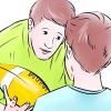 Comment enseigner aux jeunes enfants de jouer au football