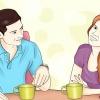 Comment savoir si une fille que vous aimez sait que vous l'aimez si vous ne avez pas réellement lui ai dit