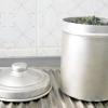 Comment transporter des matériaux de compost à partir de votre cuisine à votre bac à compost