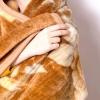 Comment porter une couverture basotho