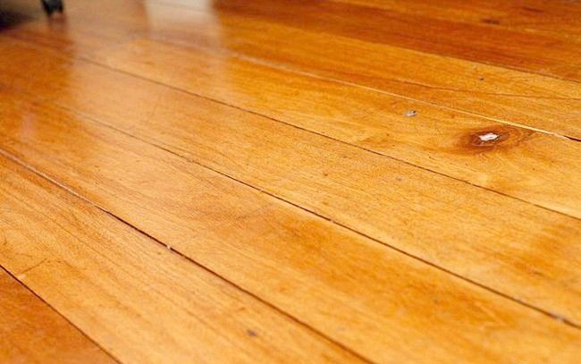 Hardwood Floors Clean Step 2.jpg